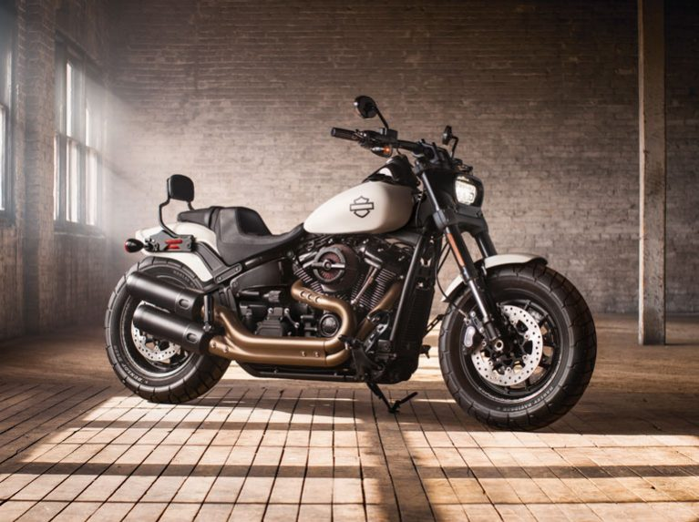 Harley-Davidson Fat Bob motorcycle with Dunlop D429 tyres