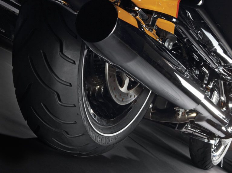 Close-up of the Dunlop American Elite custom motorcycle tyre