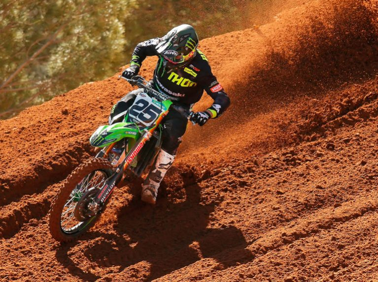 Clément Desalle riding on Dunlop's MX-33 multi-terrain tyre